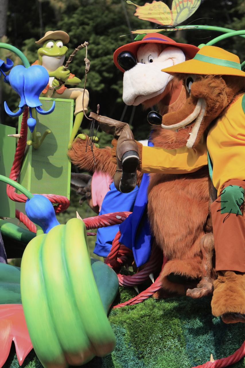 森の妖精たちにより、案内してもらいましょう