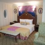 東京ディズニーランドホテル「塔の上のラプンツェル」をテーマにした客室を探る