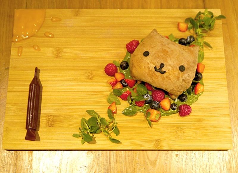 【カピバラさん大阪カフェ】世界に1つだけのカピバラさんクレープ~おえかきチョコペン付き~-2