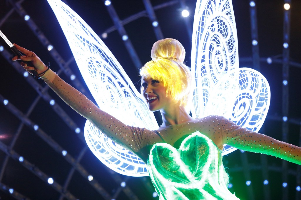 6.Tinker Bell in Paint the Night-2