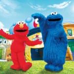 ホテル日航大阪、「エルモとクッキーモンスターがお部屋にやってくる」プランを販売開始!