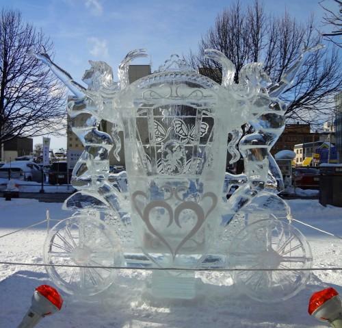2016年氷彫刻世界大会 受賞作「夢を乗せて」