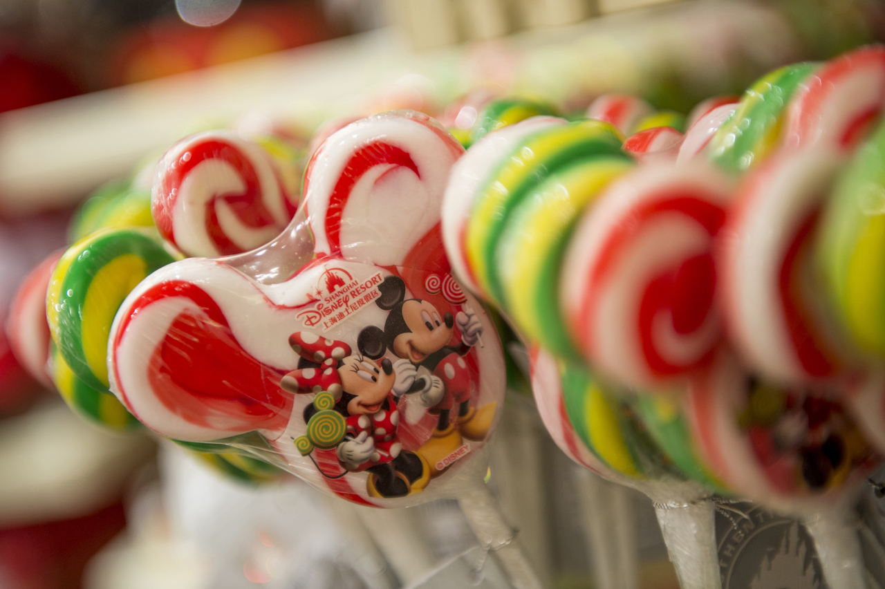Celebrating Disney's first couple, Mickey and Minnie Mouse, Sweethearts Confectionery represents the childhood home of Minnie Mouse. Guests will spot whimsical Minnie Mouse touches throughout the shop, from flowers and bows to Minnie's ubiquitous red-and-white polka dot dress. (Kent Phillips, photographer)