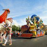 新仮装パレード「フェスタ・デ・パレード」で世界各国のハロウィーン体験!