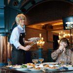 安室透が「喫茶ポアロのハムサンド」を給仕!『名探偵コナン・ミステリー・レストラン』開幕