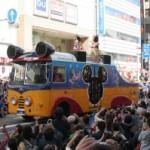 静岡まつりに30周年コスチュームのディズニーの仲間たちが登場。