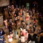 キャラクターと一緒に踊れる?!「リリーボンボンズのマーチングパレード」開催中!